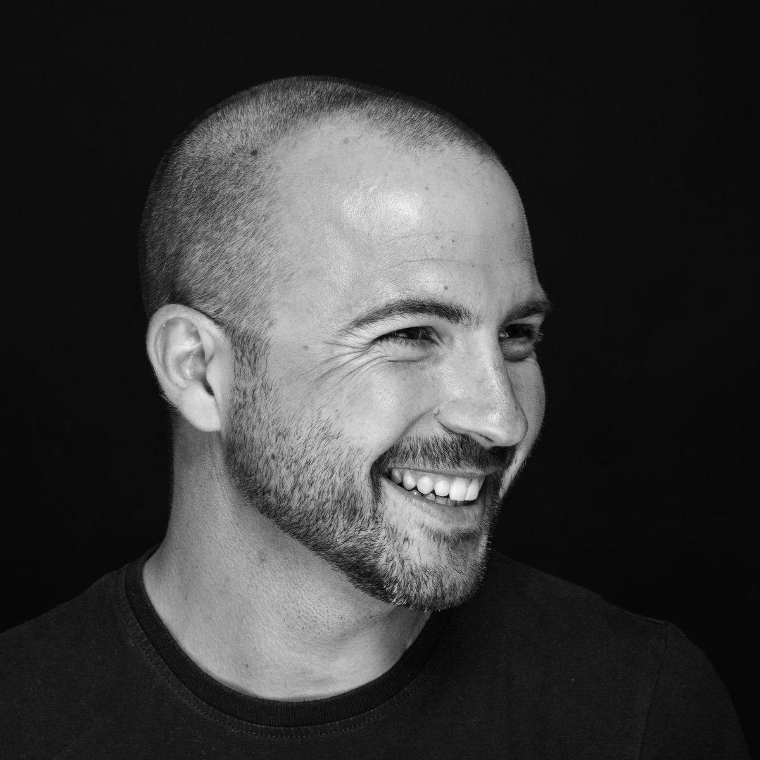 CARLOS ANTONINO l Photographer